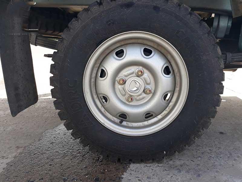 Xe tải Veam 990Kg thùng mui bạt VPT095 là dòng xe tải nhỏ dưới 1 tấn được nhà máy cho ra đời vào năm 2018