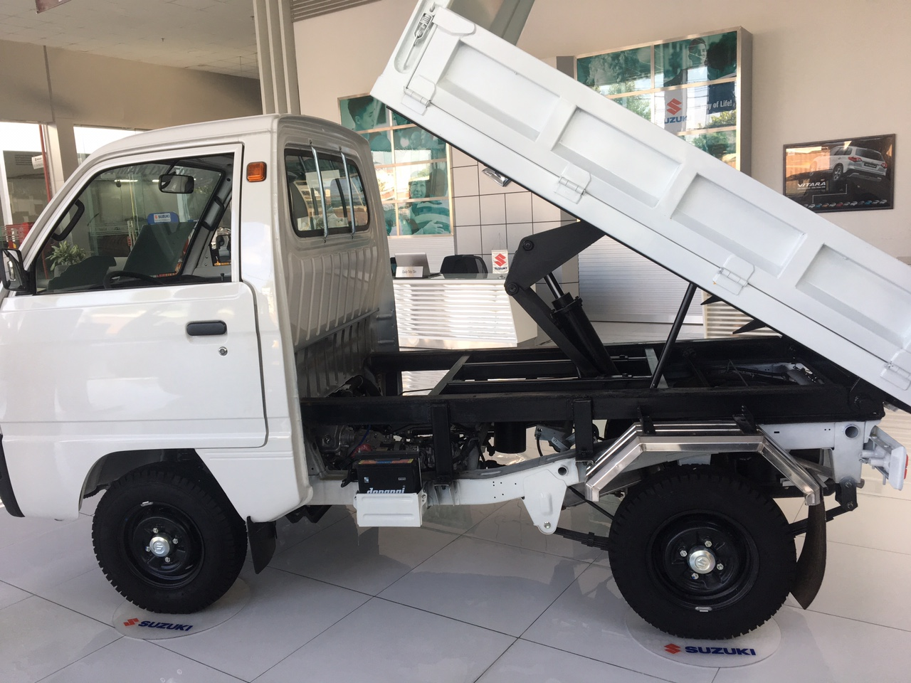 Bán suzuki truck ben giá khuyến mãi