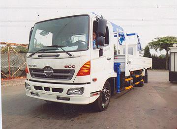 Xe tải 7 tấn HINO FC9JLSW gắn cẩu 3 tấn 5 đốt TADANO TM-ZE305MH thùng dài 6m | Hỗ trợ mua trả góp 90% giá trị xe
