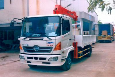 Xe tải 7 tấn HINO FC9JJSW gắn cẩu 3 tấn 5 đốt SANGDO model SC 315ML thùng dài 5m | Hỗ trợ mua trả góp 90% giá trị xe