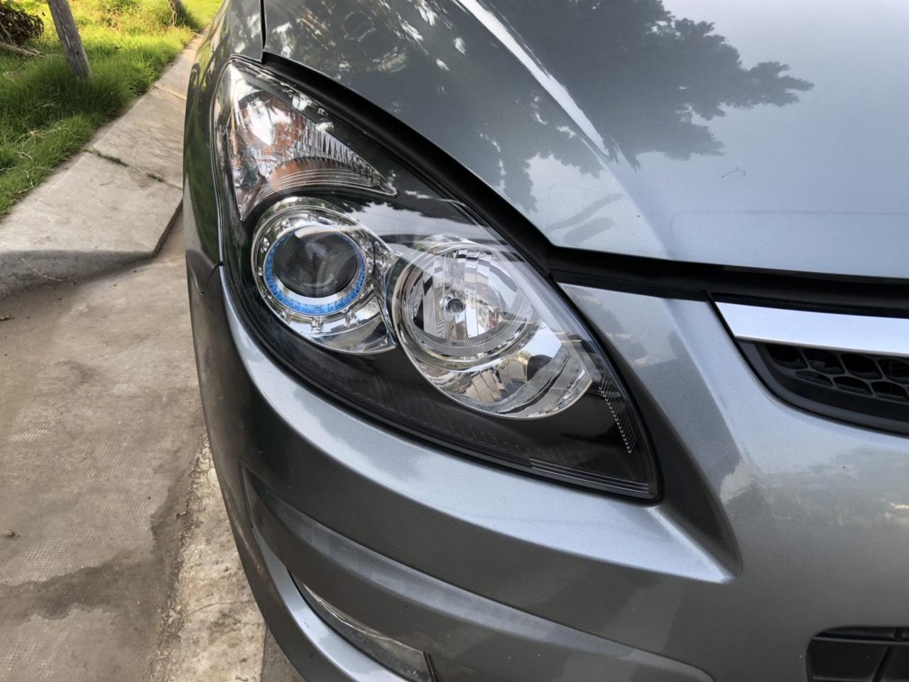 Bán Hyundai I30 CW 1.6AT màu xám chuột số tự động nhập Hàn Quốc 2010 một chủ đi 47000km