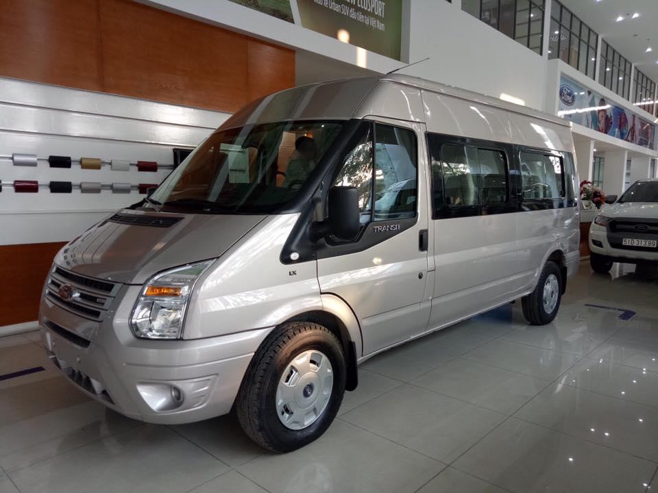 Ford Transit 2019, giảm ngay 120tr tiền mặt