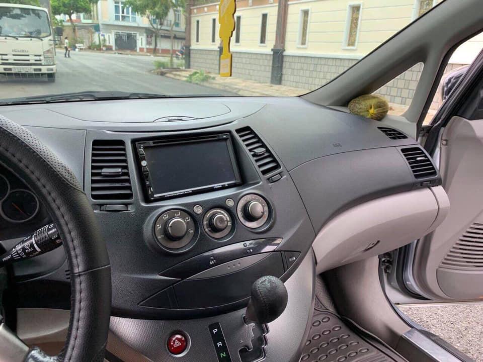 Cần bán xe Grandish 2006 Số tự động màu bạc