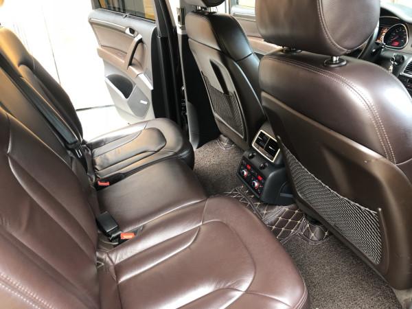 Bán Audi Q7 màu đen 2008 bản full nhé, ghé điện, cóp điện, surup mui nha
