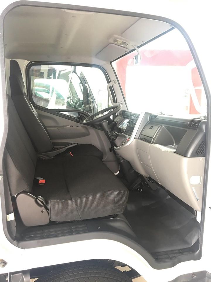 Bán Fuso Canter 4.99 năm sản xuất 2019, màu trắng, xe nhập, ưu đãi 10.000.000VND