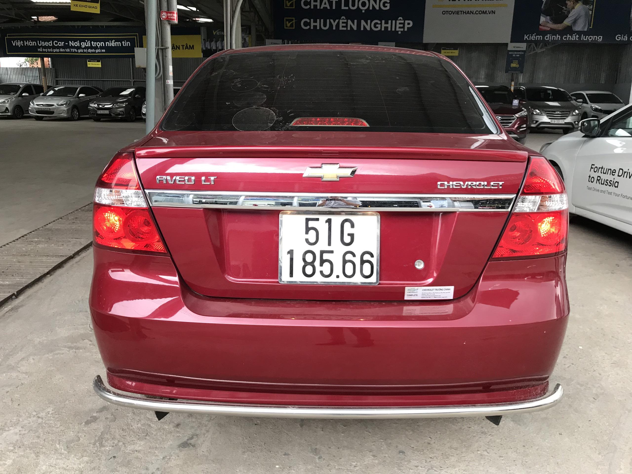 Bán Chevrolet Aveo LT 1.4MT màu đỏ số sàn sản xuất 2018 biển Sài Gòn