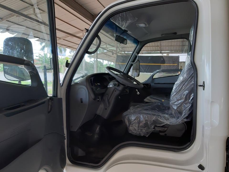 Nội thất Hyundai N250SL tiện nghi sang trọng