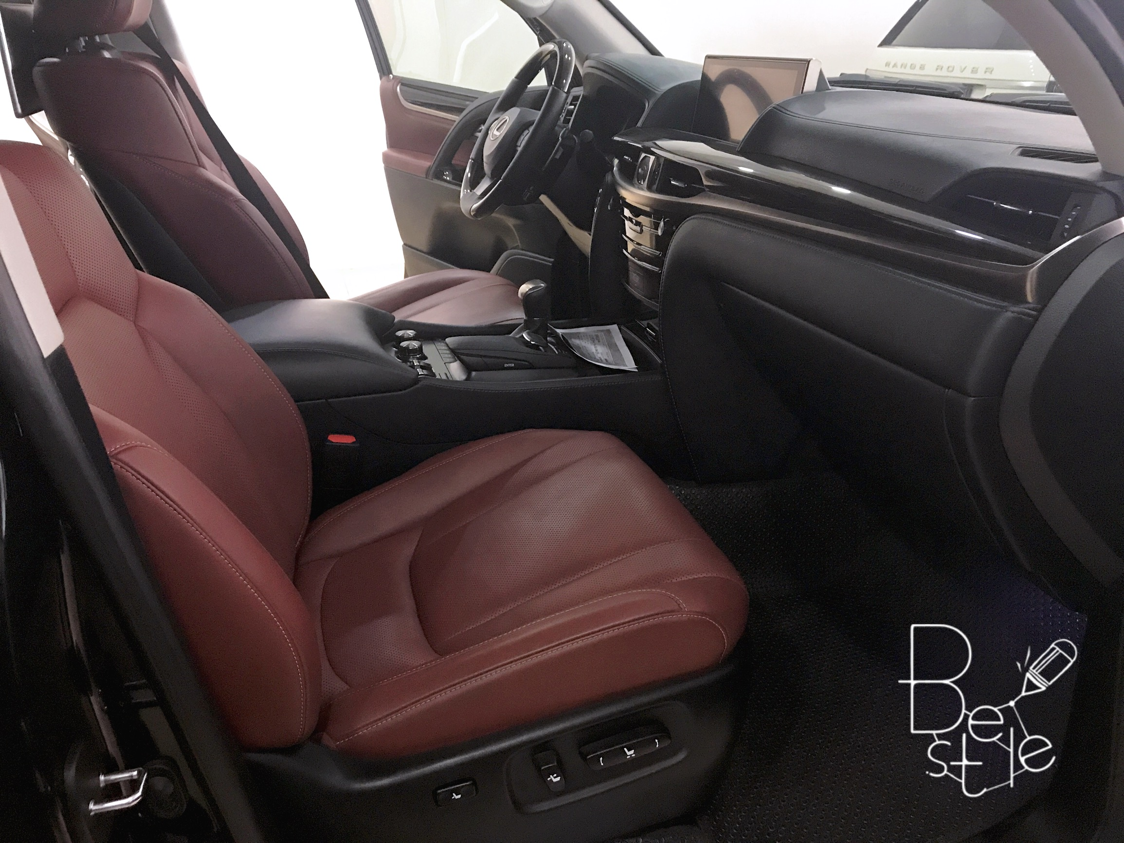Bán Lexus LX570 nhập Mỹ,Full option,đăng ký 2016,xe siêu mới . 6
