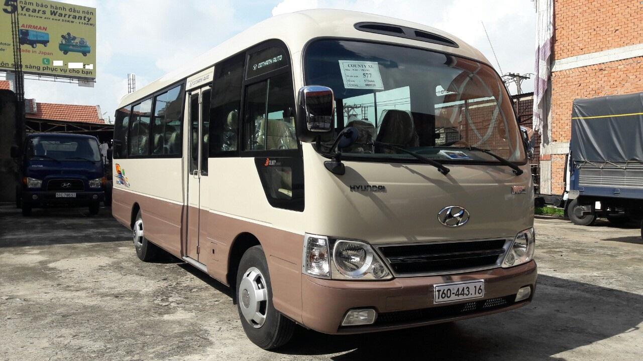 Hyundai County, Xe khách Hyundai County 2019 29 chỗ, xe nhập khẩu 3 cục