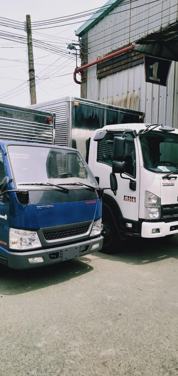 xe tải huyndai 1t9 N250SL thùng dài 4m3 1