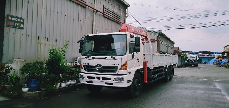 xe tải hino FC 6 tấn gắn cẩu unic 0