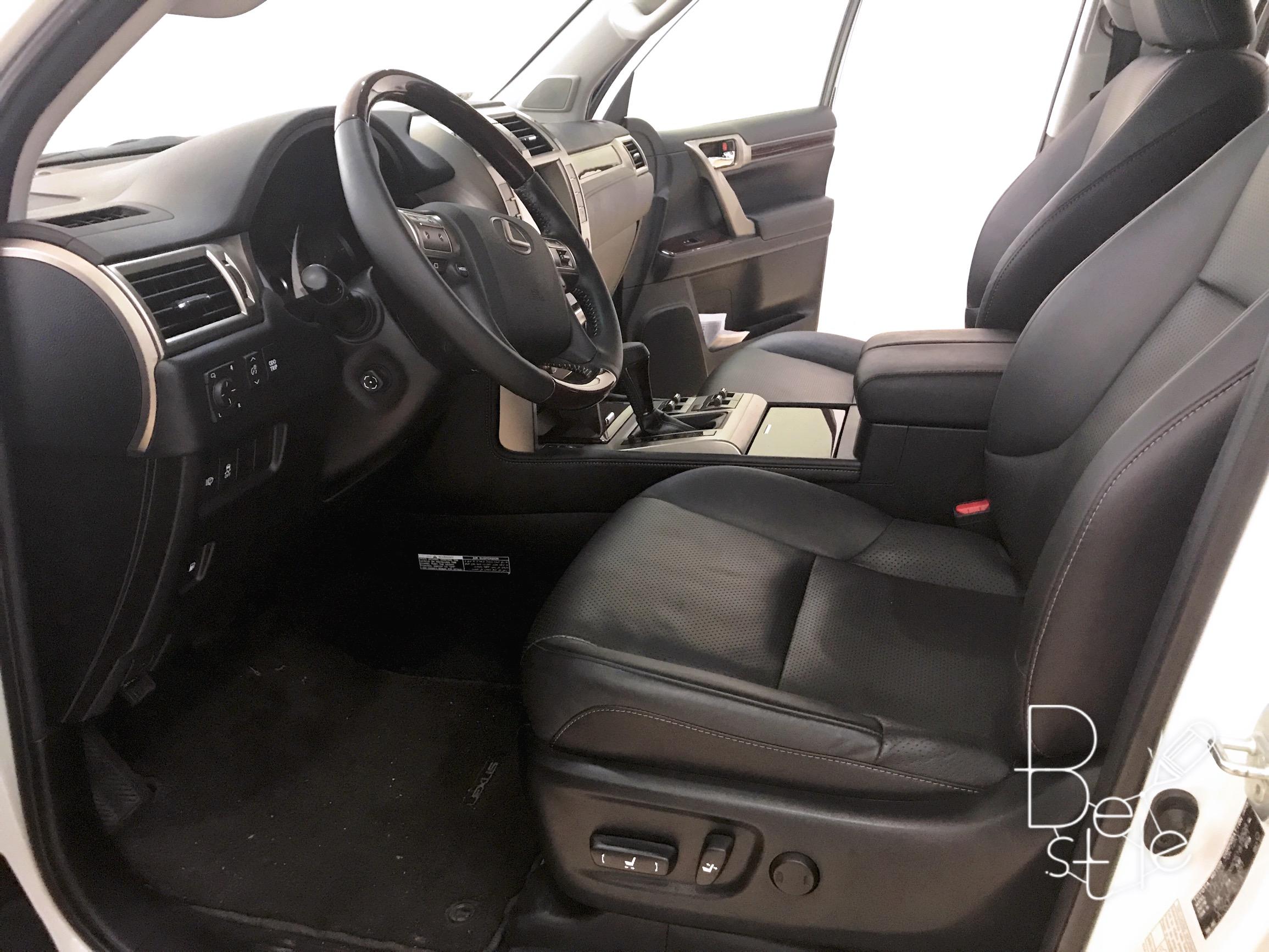Bán Lexus GX460 màu trắng, sản xuất và đăng ký 2017. 6