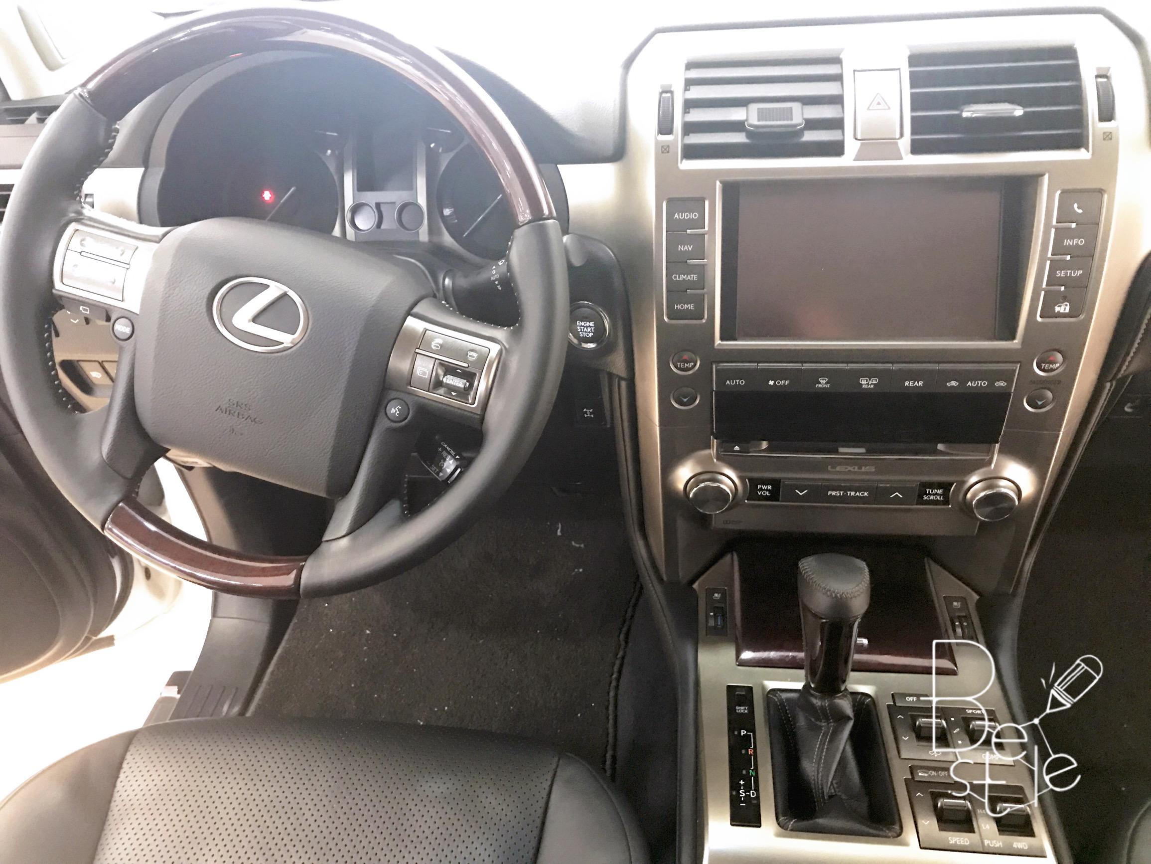 Bán Lexus GX460 màu trắng, sản xuất và đăng ký 2017. 8