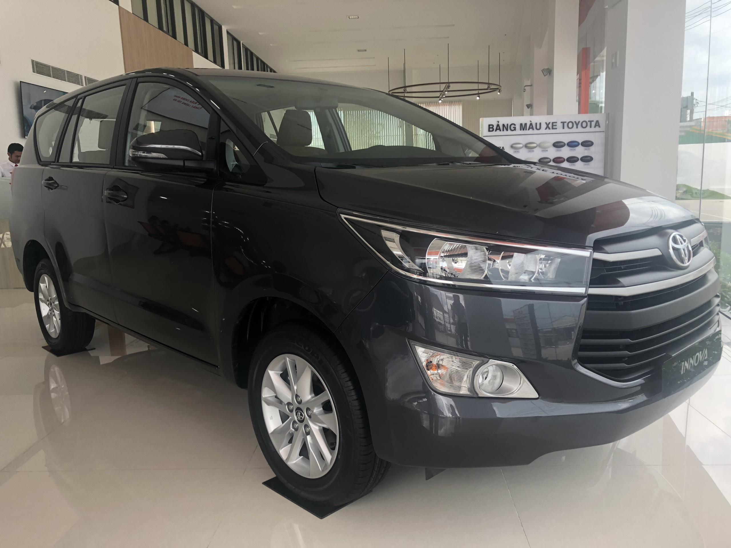 Báo Giá Mới Nhất Toyota Innova 2.0G, Giá Cực Tốt, Xe Có Sẳn, Hỗ Trợ Trả Góp, Giao Ngay