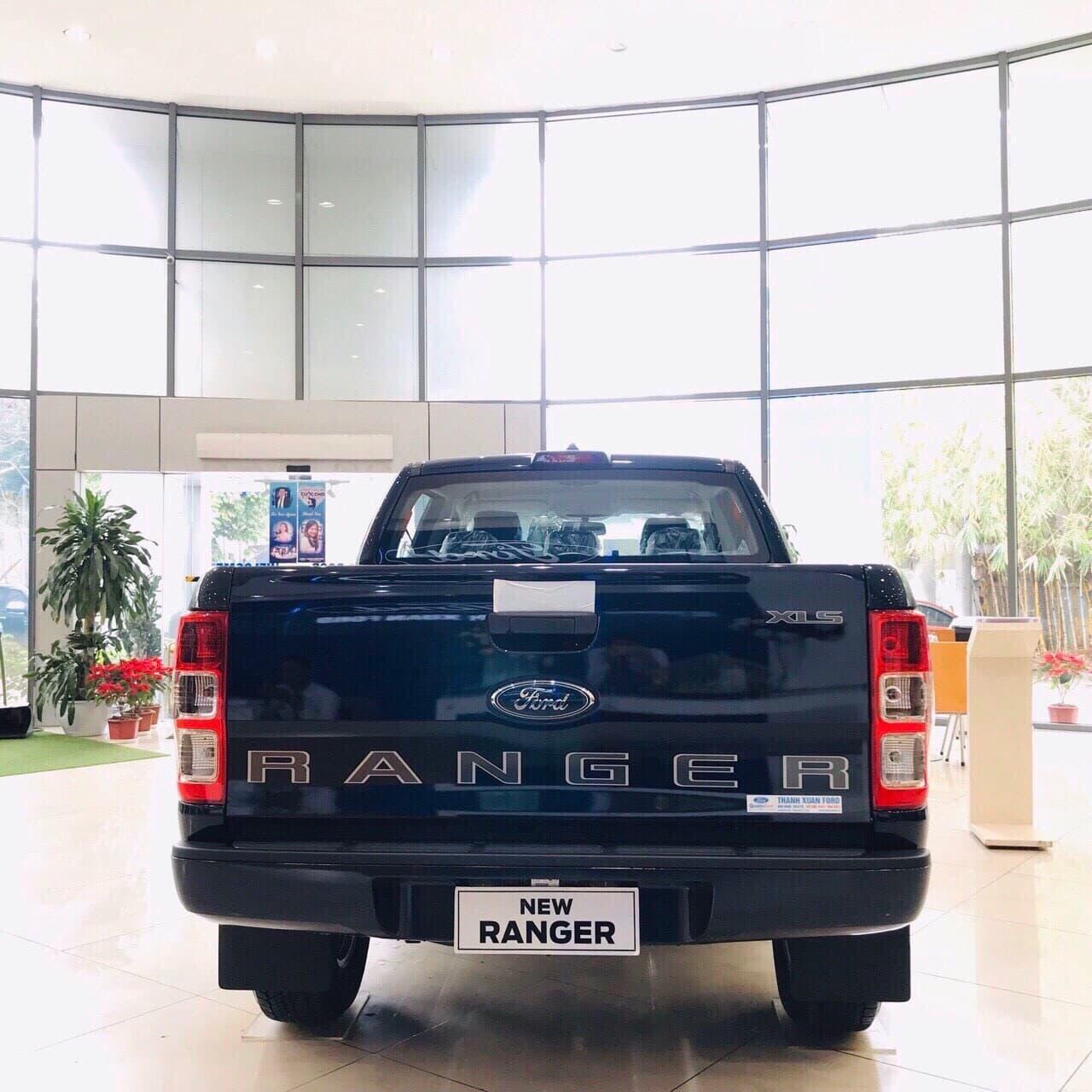 Bán xe Ford Ranger XLS AT 2020