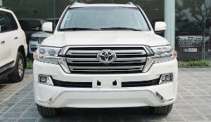 Toyota Land Cruiser sản xuất năm 2018 Số tự động Động cơ Xăng