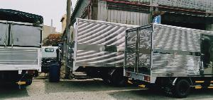 Xe tải isuzu qkr 270 đang hot hiện nay