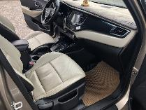 Kia Rondo sản xuất năm 2016 Số tự động Động cơ Xăng