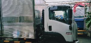 xe tải isuzu 6 tấn thùng kín frr650 giá rẽ