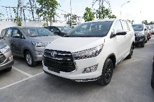 Giá Toyota Innova Venturer Lăn Bánh Tốt,...