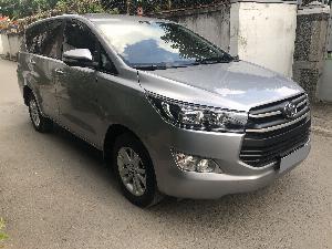 Toyota Innova 2018 số sàn màu Bạc