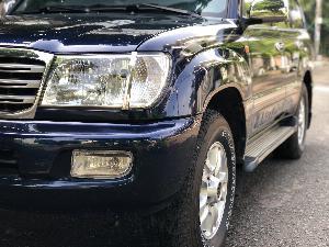 Toyota Land Cruiser sản xuất năm 2005 Số tay (số sàn) Động cơ Xăng