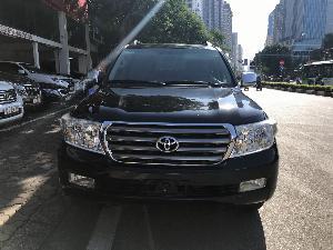Toyota Land Cruiser sản xuất năm 2010 Số tự động Động cơ Xăng