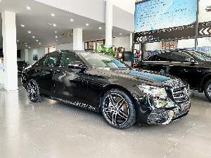 Mercedes-Benz E300 sản xuất năm 2020 Số tự động Động cơ Xăng