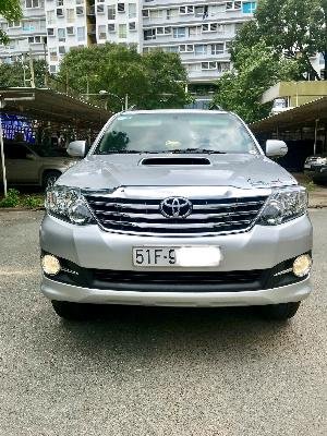 Toyota Fortuner Số tay (số sàn)