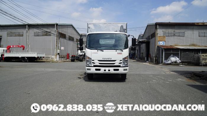 Xe tải Isuzu NQR75ME4, Tải trọng 5 Tấn 5, Thùng dài 5m6 | Isuzu NQR550 0