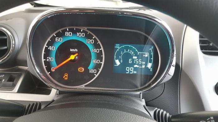 Bán Chevrolet Spark LS 1.2MT màu trắng số sàn sản xuất 2018 biển Bình Dương mẫu mới đi 6000km 5