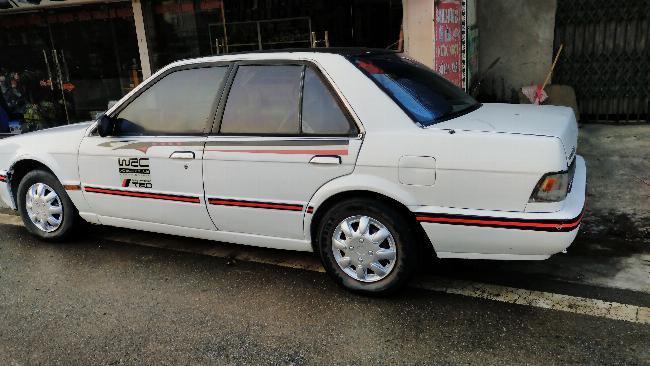 Bán Nissan Bluebird giá 30tr 2