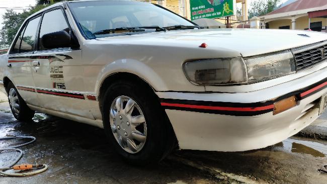 Bán Nissan Bluebird giá 30tr 3