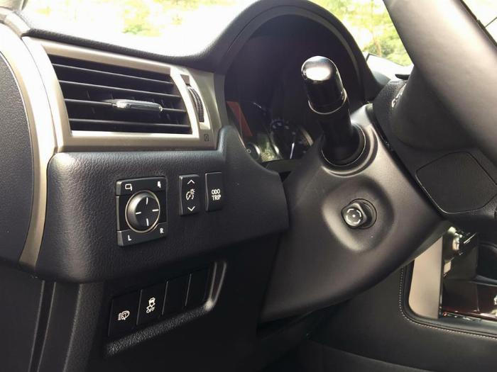 Cần bán xe Lexus Gx460 sx 2016 màu đen biển sài gòn, gia đình đi kĩ mới leng keng 4