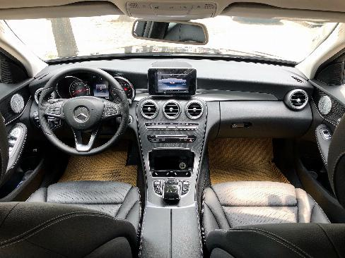 Bán Mercedes C200 2019 cũ - Xe đã qua sử dụng chính hãng 4