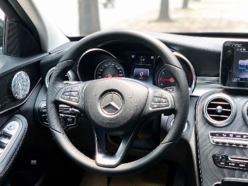 Bán Mercedes C200 2019 cũ - Xe đã qua sử dụng chính hãng 6