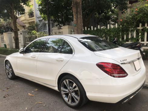 Bán Mercedes C250 Exclusive 2017