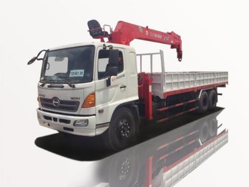 Xe tải Hino FL8JT7A 11t5 3 chân gắn cẩu Atom736