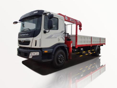 Xe tải Daewoo Prima 9 tấn gắn cẩu unic 5 tấn 4 khúc