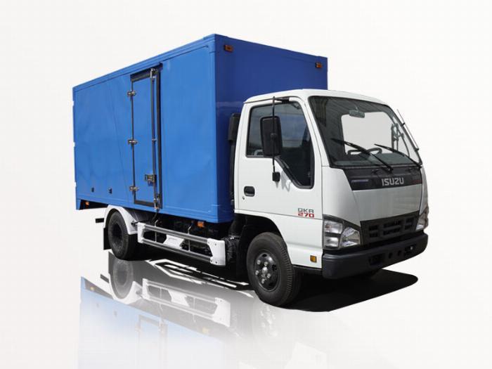 Xe tải isuzu 2t1 thùng kín mạnh mẽ