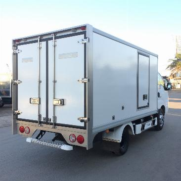 Bán xe tải đông lạnh KIA K200 tải trọng 1.490Kg hỗ trợ trả góp lãi xuất thấp 2019 2