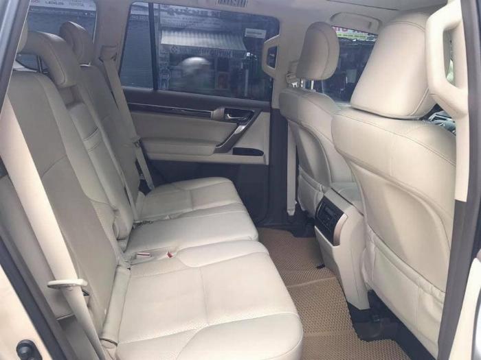 Cần bán xe Lexus GX460 model 2016 màu vàng nhập khẩu Nhật Bản