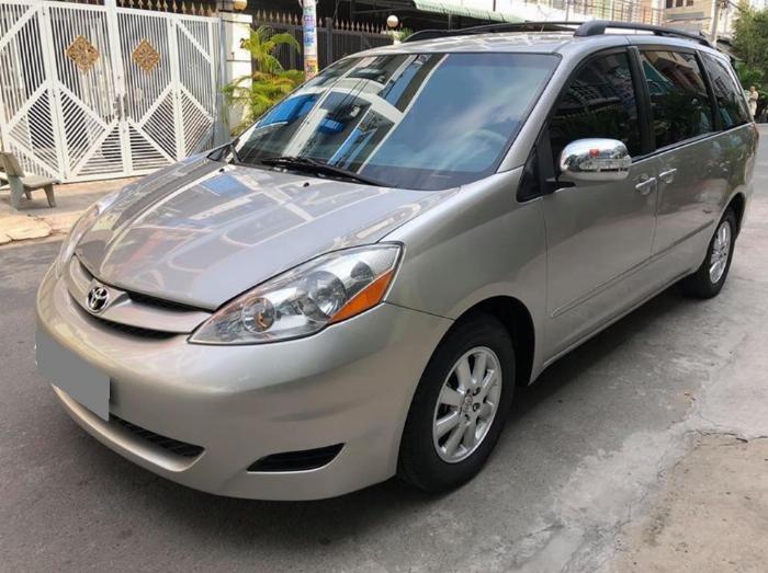 Bán Toyota Sienna LE 2009 nhập mỹ Bạc biển số thành phố 2