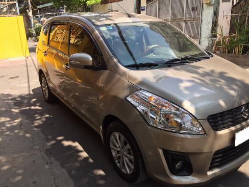 Cần bán Suzuki Ertiga 2016 số tự động màu vàng cát, nhập khẩu 1