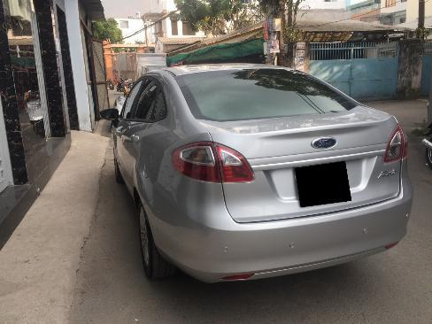 Bán Ford Fiesta 2012 tự động màu bạc xe đi kỹ như mới 6
