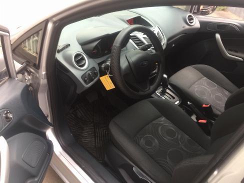 Bán Ford Fiesta 2012 tự động màu bạc xe đi kỹ như mới 7