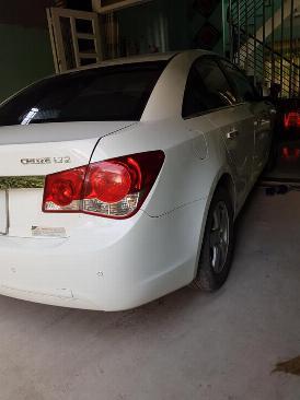 Gia đình cần bán xe Cruze 2013 Ltz, số tự động, màu trắng gia đình sử dụng rất kỷ và rất ít