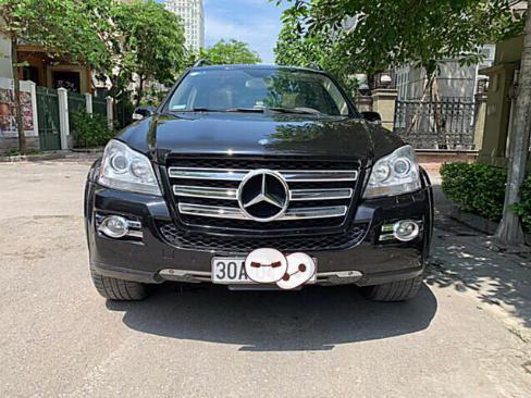 Mercedes Benz GL 550 4 Matic màu đen. - Sx và đk 2008, nhập nguyên chiếc Mỹ, cá nhân chính chủ.