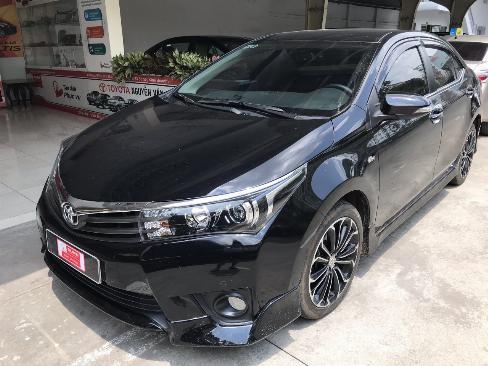 Bán xe Altis 2.0V sản xuất 2016 màu đen, góp 70%