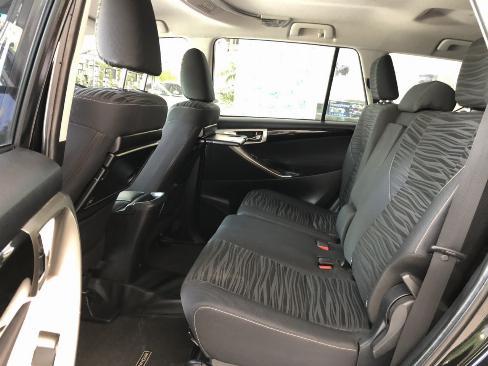 Bán xe Venturer sx 2018 màu đen, góp 70%, xe đẹp
